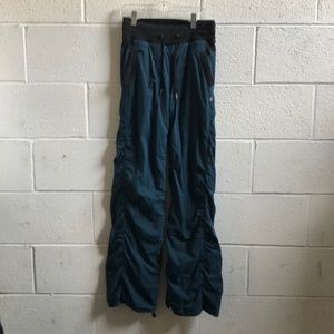 Lululemon teal & black studio pant sz 2 59599